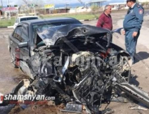 Mercedes-ը բախվել է հանքային ջրով բարձված բեռնատարին․ խոշոր վթար Երևան-Մեղրի ճանապարհին