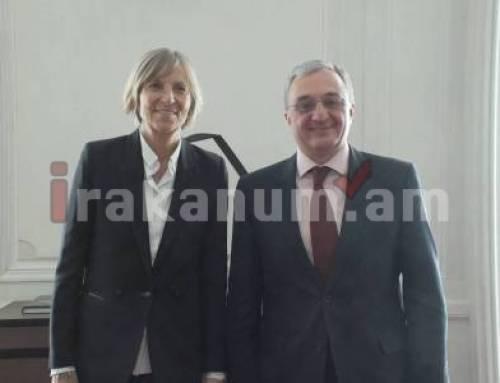 Զոհրաբ Մնացականյանը հանդիպել է Ֆրանսիայի ԱԺ արտաքին հարաբերությունների հանձնաժողովի նախագահի հետ