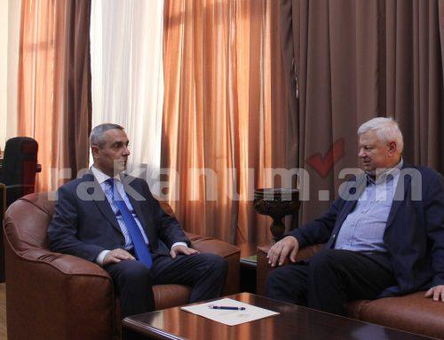 Արցախի ԱԳՆ ղեկավար Մասիս Մայիլյանն ընդունել է դեսպան Անջեյ Կասպշիկին