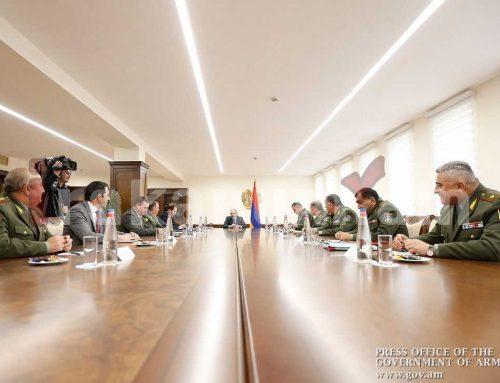 Վարչապետի գլխավորությամբ ՊՆ-ում տեղի է ունեցել կոլեգիայի նիստ. մասնակցել է նաև Արցախի ՊԲ հրամանատար Կարեն Աբրահամյանը