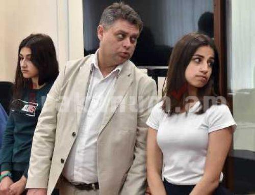 Խաչատուրյան քույրերի գործով մեղադրանքը ներկայացնում է Պոլիտկովսկայայի եւ Նեմցովի գործերով դատախազը