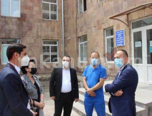 Արսեն Թորոսյանն այցելել է Վեդու և Արտաշատի բժշկական կենտրոններ