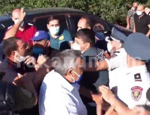 Բախումներ և լարված իրավիճակ Ամուլսարում․ ոստիկանները բերման են ենթարկում ակցիայի մասնակիցներին․ ուղիղ․ tert.am