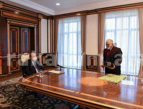 Նախագահ Արմեն Սարգսյանն ընդունել է «Սիրիահայերի հիմնախնդիրները համակարգող կենտրոն»-ի վարչության անդամներին