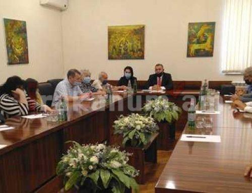 Արցախի խորհրդարանում ընդունել են Փաստաբանների պալատի անդամներին