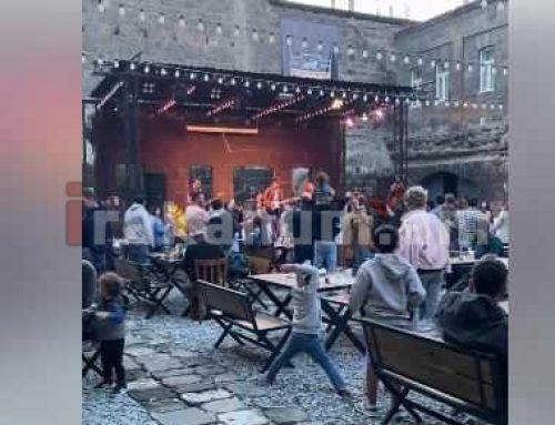 Աննա Հակոբյանը Գյումրիում մասնակցում է բազմամարդ համերգի (տեսանյութ)