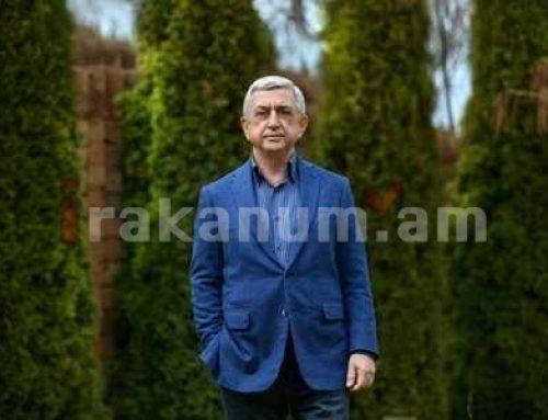 Սրեժ Սարգսյանը Եռաբլուրում հարգանքի տուրք մատուցեց Հայրենիքի համար զոհված զինվորների հիշատակին (տեսանյութ)