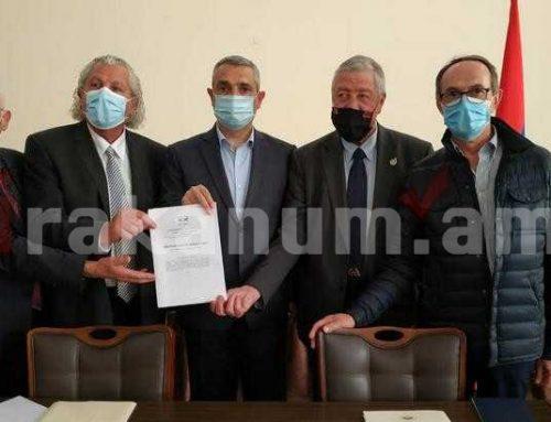Արցախի Հանրապետության ԱԳՆ ղեկավար Մասիս Մայիլյանը հանդիպել է Ֆրանսիայի խորհրդարանի պատգամավորների պատվիրակության հետ