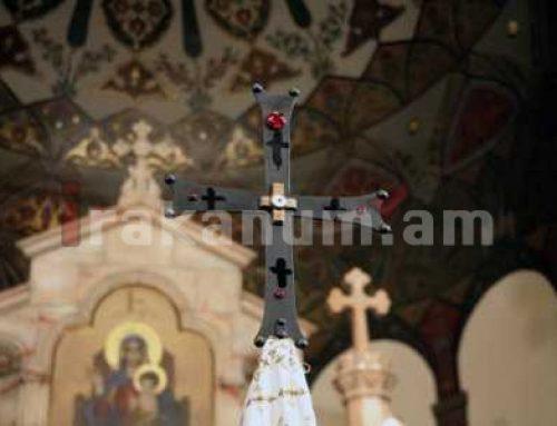 Արցախ է բերվել Հայոց Բանակի Աշոտ Երկաթի Խաչը, որի մեջ զետեղված են Քրիստոսի Խաչափայտի սուրբ մասունքները