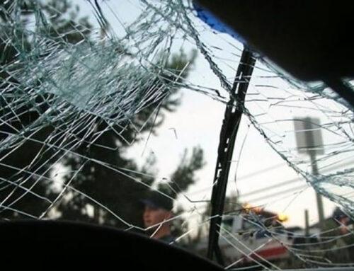 Վանաձոր-Ալավերդի ճանապարհին «Toyota Camry»-ն դուրս է եկել երթևեկելի հատվածից և ձորակից մոտ 10 մ գլորվելով՝ հայտնվել Վանաձորի երկաթգծի Վանաձոր-Փամբակ վազուրդի 3-րդ պիկետում. կա տուժած