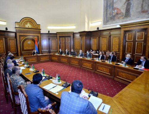Պետք է իրատեսական ծրագրեր իրականացնել ռազմարդյունաբերության ոլորտում. վարչապետ