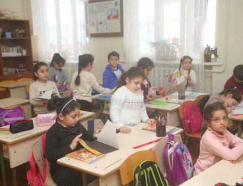 Աստիճանաբար վերաբացվում են Ստեփանակերտի նախակրթարաններն ու հանրակրթարանները