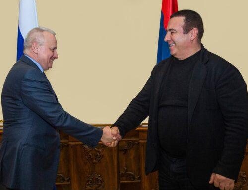 Գագիկ Ծառուկյանը հանդիպել է Հայաստանում ՌԴ արտակարգ և լիազոր դեսպան Սերգեյ Կոպիրկինի հետ