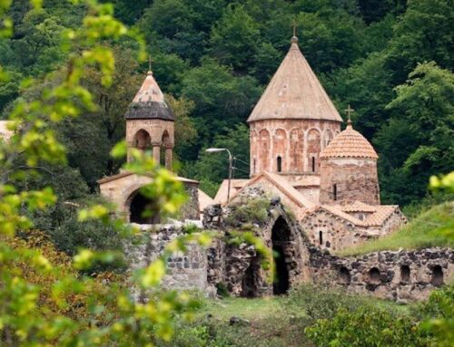 30 հայ ուխտավորներ գնացել են Դադիվանք խաղաղապահների ուղեկցությամբ