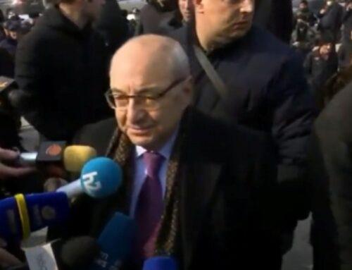 Հրաժարական միեւնույն է, լինելու է, չի կարող այդ մարդը այդտեղ մնալ, չենք թողնի. Վազգեն Մանուկյան
