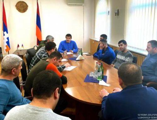 Արայիկ Հարությունյանը Երևանում հանդիպել է Հադրութի շրջանի մի խումբ բնակիչների հետ