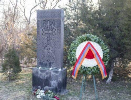 Նախագահ Արմեն Սարգսյանի անունից հարգանքի տուրք է մատուցվել Սումգայիթի ողբերգության զոհերի հիշատակին