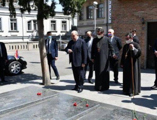 Արմեն Սարգսյանն այցելել է Վիրահայոց թեմի առաջնորդանիստ Սուրբ Գևորգ եկեղեցի