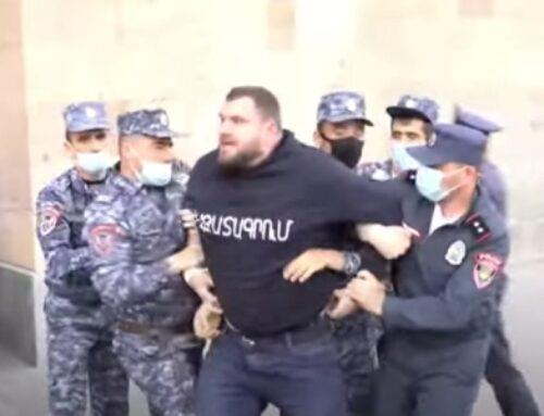 Կառավարության շենքի մոտից 8 անձ բերման է ենթարկվել. Ոստիկանություն