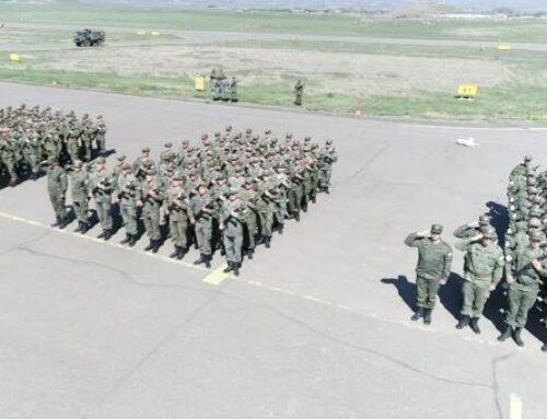 Խաղաղապահները Ստեփանակերտի օդանավակայանում Հաղթանակի օրվա զորահանդեսի փորձ են արել