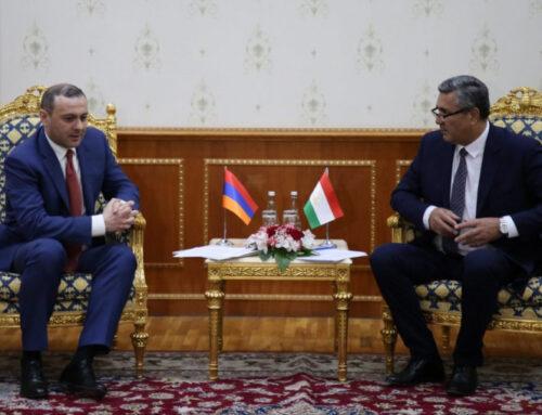 Ադրբեջանի պահանջները որևէ փաստական հիմք չունեն, ադրբեջանական զինուժը պետք է շուտափույթ ու ամբողջությամբ դուրս բերվի ՀՀ տարածքներից․ ՀՀ ԱԽ քարտուղարն ասել է Տաջիկստանի իր պաշտոնակցին
