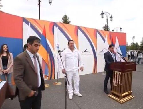 Հանդիպում երիտասարդների հետ, ովքեր ցանկություն են հայտնել միանալ «Բարգավաճ Հայաստան» կուսակցությանը