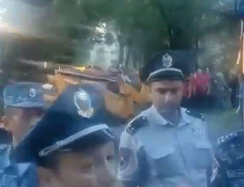 Աջափնյակում ոստիկանները ապօրինի շինություններ են քանդում