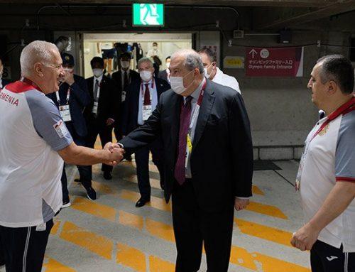 Նախագահ Սարգսյանը հետևել է բռնցքամարտիկ Հովհաննես Բաչկովի մենամարտին և հաջողություններ մաղթել նրան