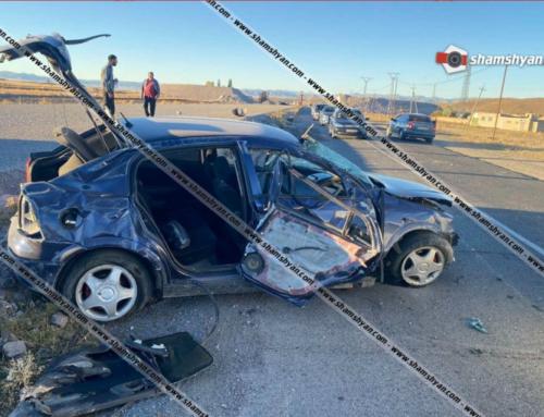 Ոստիկանության աշխատակցի Opel-ը, մի քանի պտույտ շրջվելով, բախվել է քարերին. բժիշկները պայքարում են նրա կյանքի համար